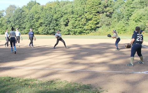 Softball prepares for spring season in fall
