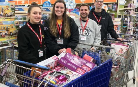 Students, Marines buy toys