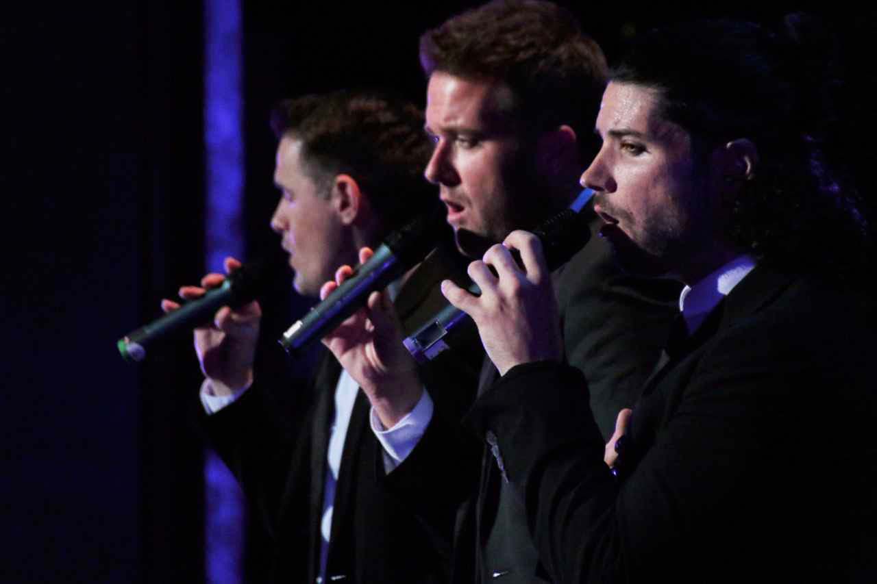 Shades of Bublé, a three-man tribute to Michael Bublé, performed at the Pasquerilla Performing Arts Center last Wednesday. At the event, beer and wine were served for the first time.