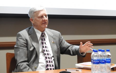 Forum panel discusses boundaries