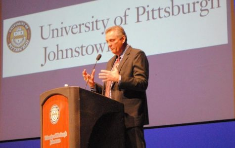 Alum speaks on leadership to encourage